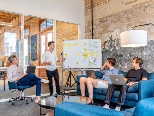 生産性のある企業はオフィスが快適!意識すべきポイントと事例紹介